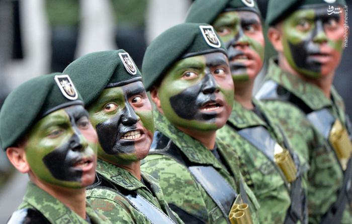 مراسم رژه نظامی سالروز استقلال مکزیک