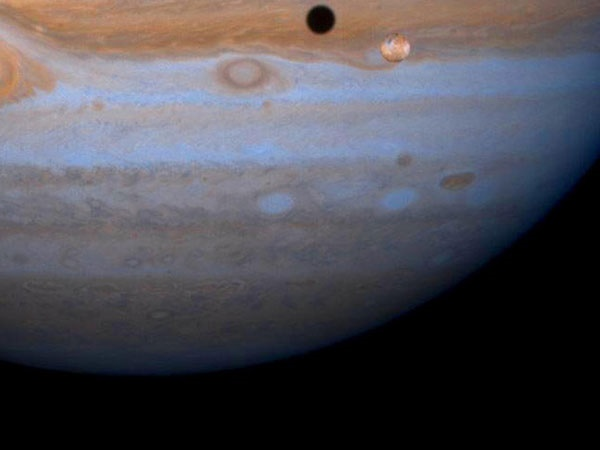http://s9.picofile.com/file/8268515600/Jupiter_Europa.jpg