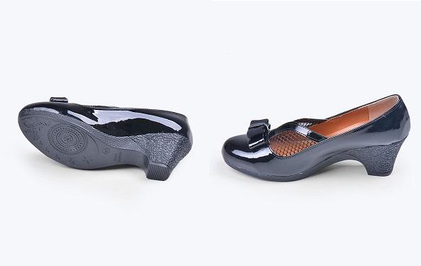 خرید اینترنتی کفش زنانه ورنی مدل 0620