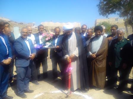 کلنگ زنی مدرسه خیرساز سعادت در قهدریجان