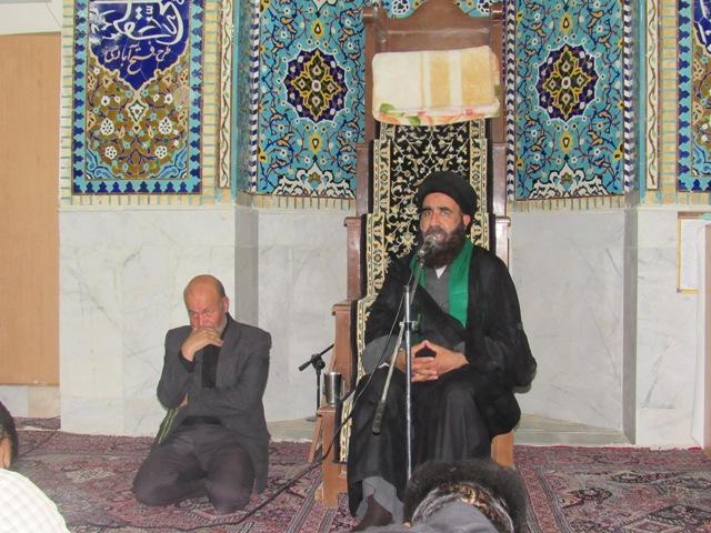 برگزاری مراسم عزاداری شب اول محرم در محله صادقیون+تصاویر