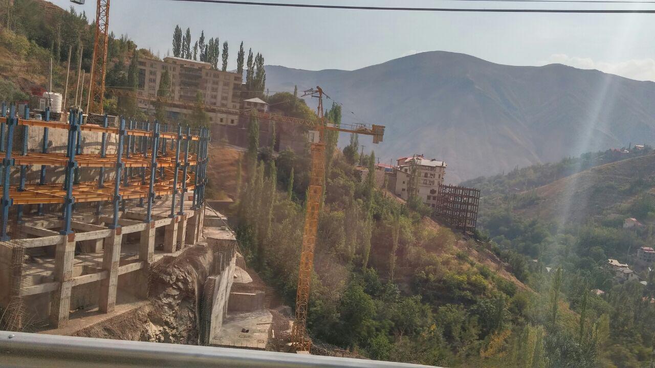 بازدید زمین شناسی دانشگاه شهید بهشتی، ساخت و سازهای ریسک پدیر در منطقه اوشون فشن تهران، ساخت و ساز در تهران، گزارش فیلد زمین شناسی، فیلدهای زمین شناسی،