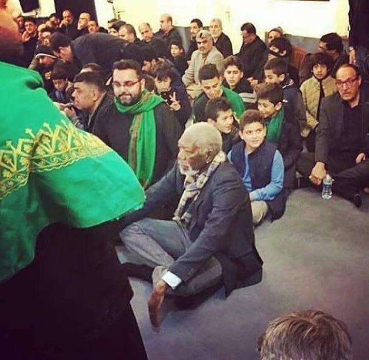 علت حضور مورگان فریمن در مراسم عزاداری محرم ۹۵ در لندن+عکس