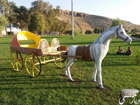 اِلِمان اسب و کالسکه در نورآباد