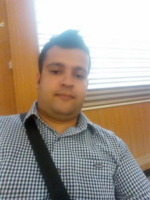 اسماعیل راد – بیوگرافی
