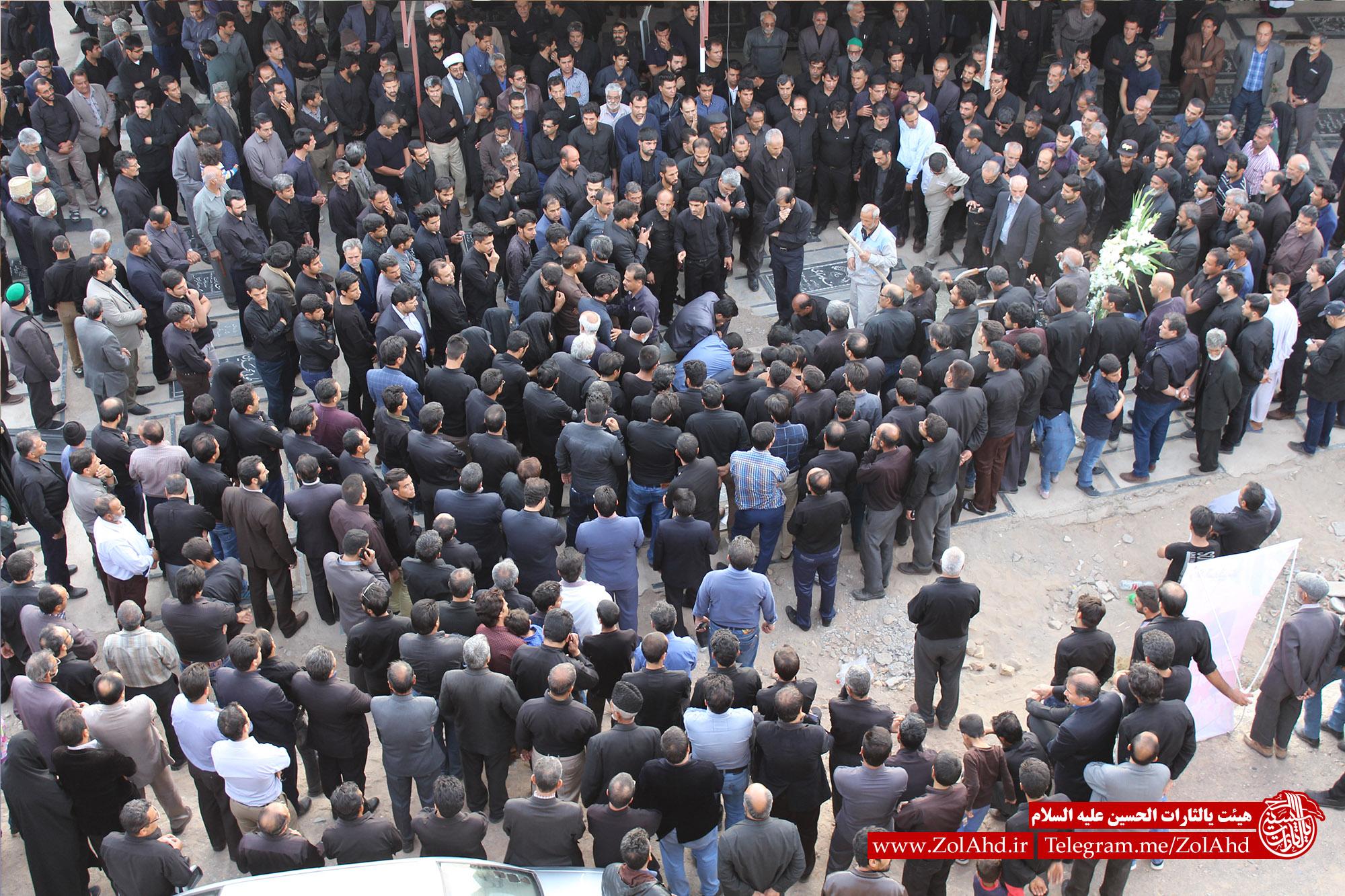 تصاویر مراسم تشییع و تدفین پیکر خادم الحسین کربلایی جواد جمالی