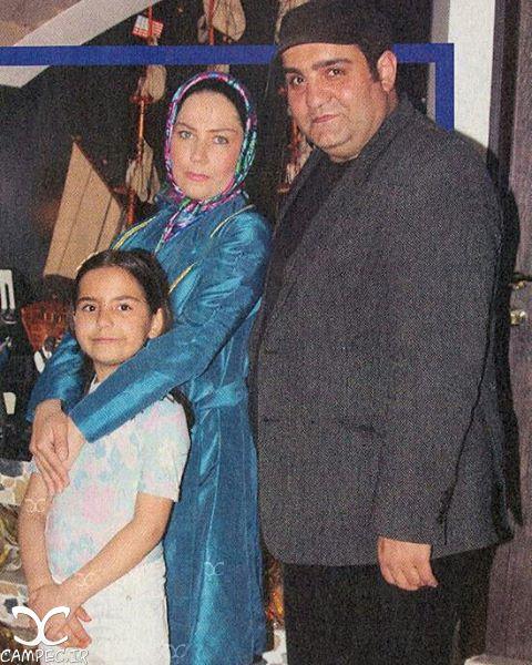 میرطاهر مظلومی با همسر و دخترش