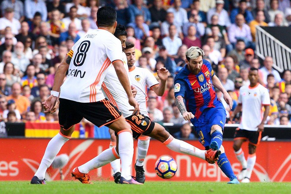 نتیجه بازی بارسلونا و والنسیا 1 آبان 95 | گلها و خلاصه امروز