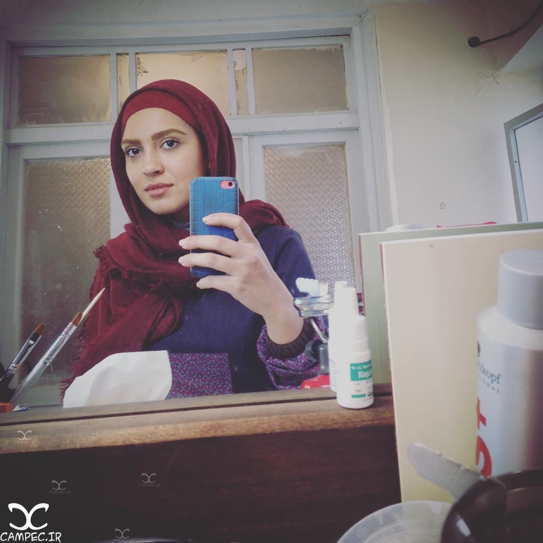 مونا کرمی بازیگر