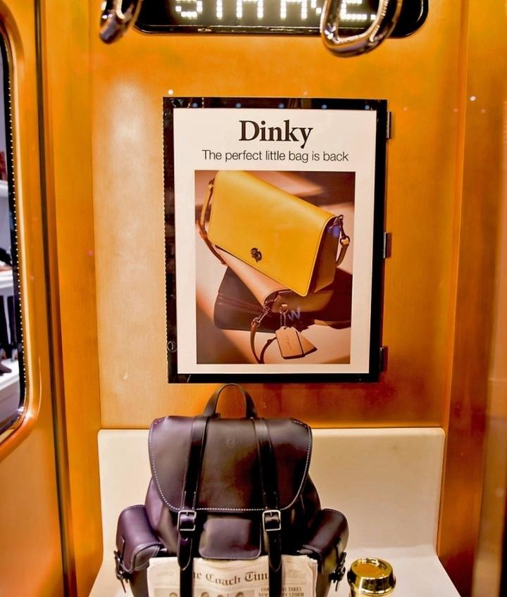عکس طراحی و دکور ویترین مغازه
