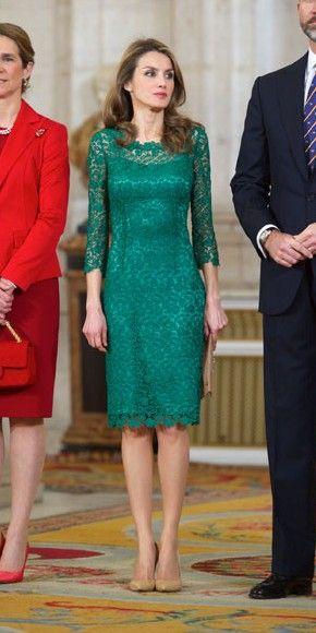 لباس زنانه مجلسی گیپور سبز جدید