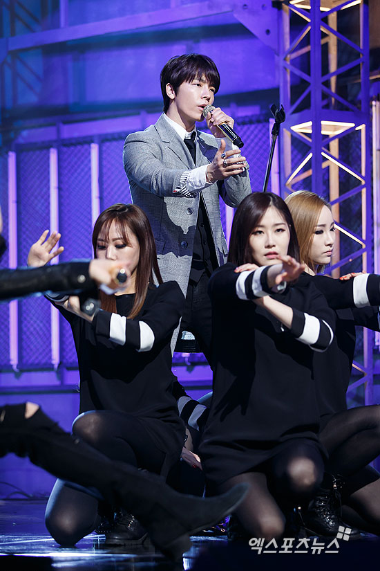 http://s9.picofile.com/file/8275543676/150319_mcountdown_xportsnews_1.jpg