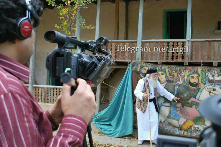علی ارکیان فیلمساز گیلانی به آرت گیل گفت : نقاشی دیواری بقع های شرق گیلان از دغدغه های من است .