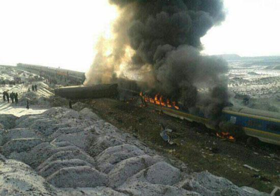 برخورد دو قطار در سمنان | جزئیات حادثه | آمار کشته و مصدومان و فیلم