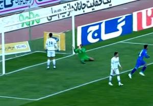 دانلود فیلم گل خودی محسن حسینی بازی استقلال تهران و گسترش فولاد 5 آذر 95