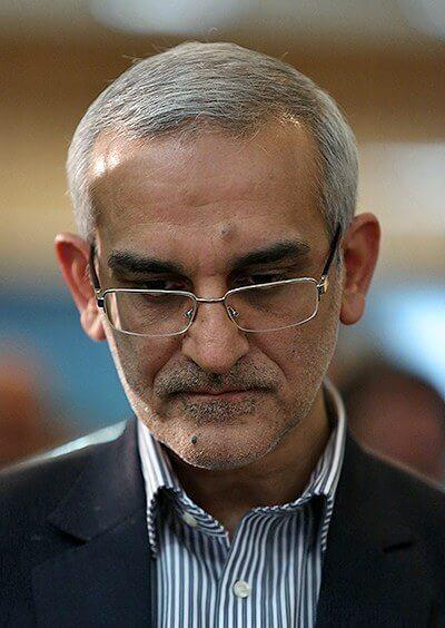 فیلم لحظه عذر خواهی و استعفای محسن پورسیدآقایی مدیر عامل راه آهن بعد از حادثه سمنان