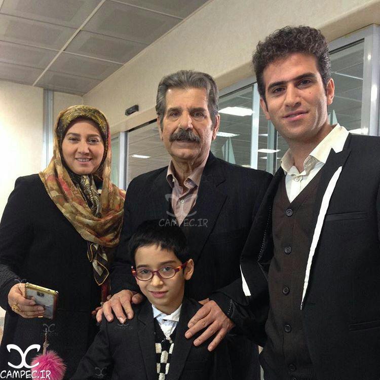 تبسم هاشمی و عزت الله مهرآوران بازیگران سریال لیسانسه ها