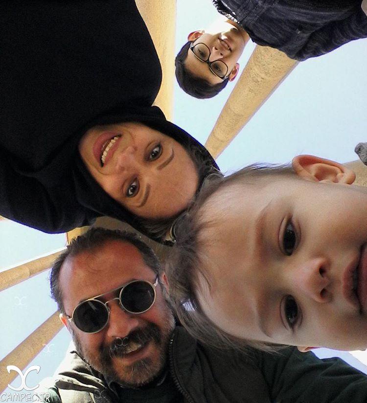 سلفی سیاوش مفیدی با همسر و فرزندانش