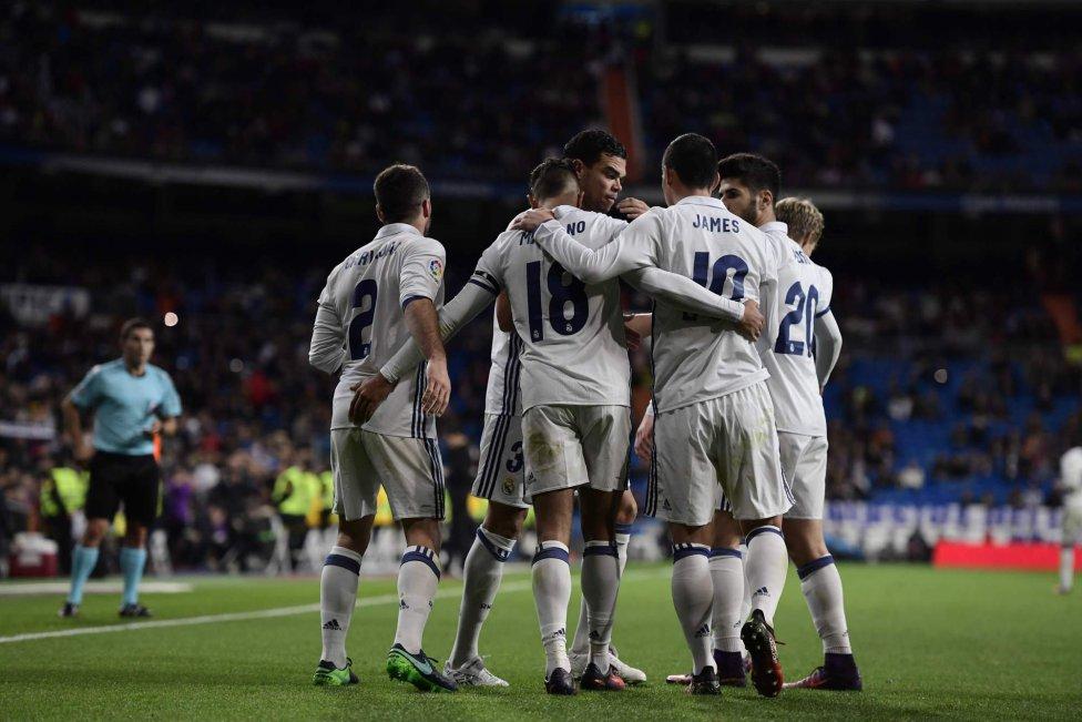 نتیجه بازی بارسلونا و رئال مادرید 13 آذر 95 | خلاصه و گلهای ال کلاسیکو
