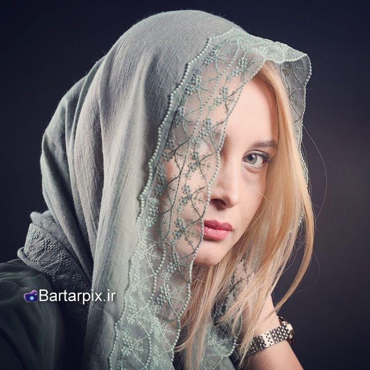 http://s9.picofile.com/file/8277418718/www_bartarpix.jpg