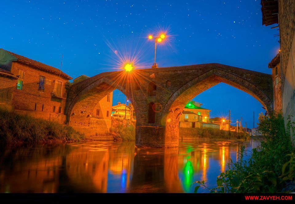 پل هاي خشتی و باستانی بسیار زیبا