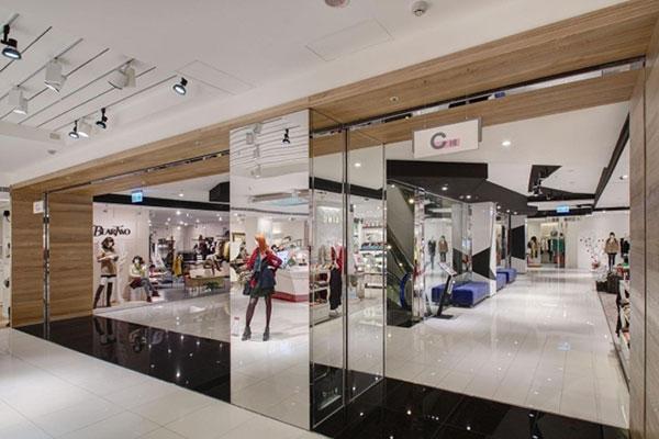 بازسازی فروشگاه بزرگ شاپینگ مال