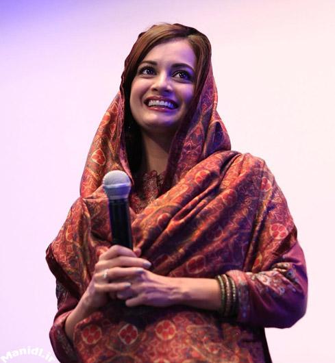عکس جدید دیا میرزا در اکران مردمی سلام بمبئی