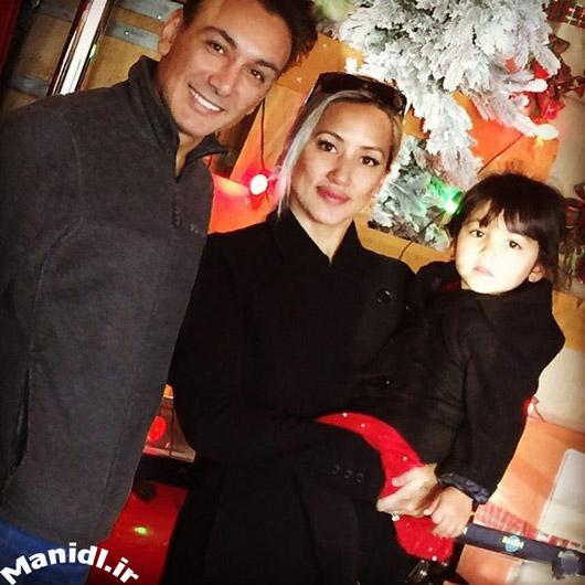 عکس شادمهر عقیلی و خانواده اش در شب کریسمس