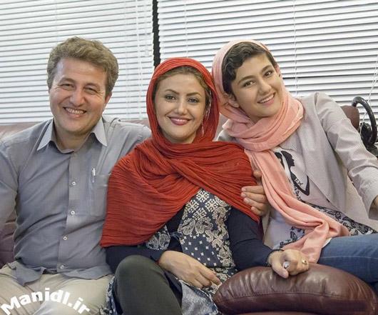 عکس سارا بهارلو در کنار پدر و مادرش