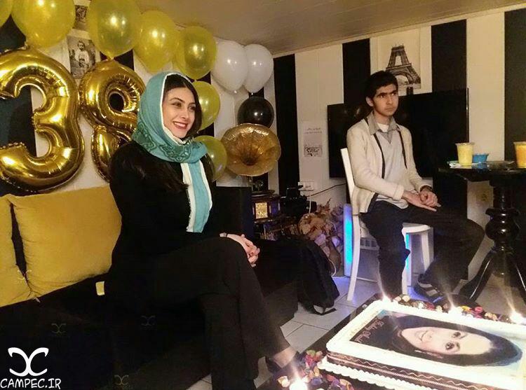 عکس جشن تولد آزاده صمدی