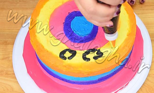 کیک رنگین کمانی پلنگی