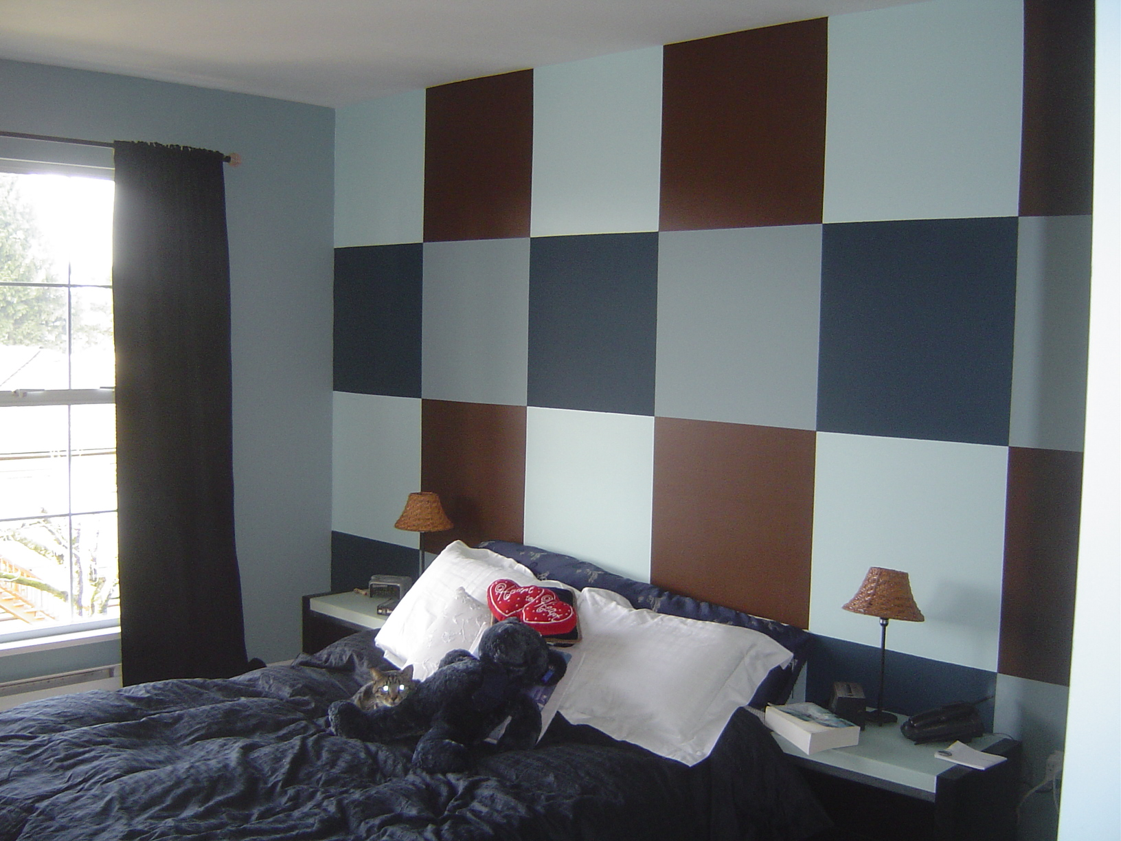 image کاغذ دیواری پشت تخت