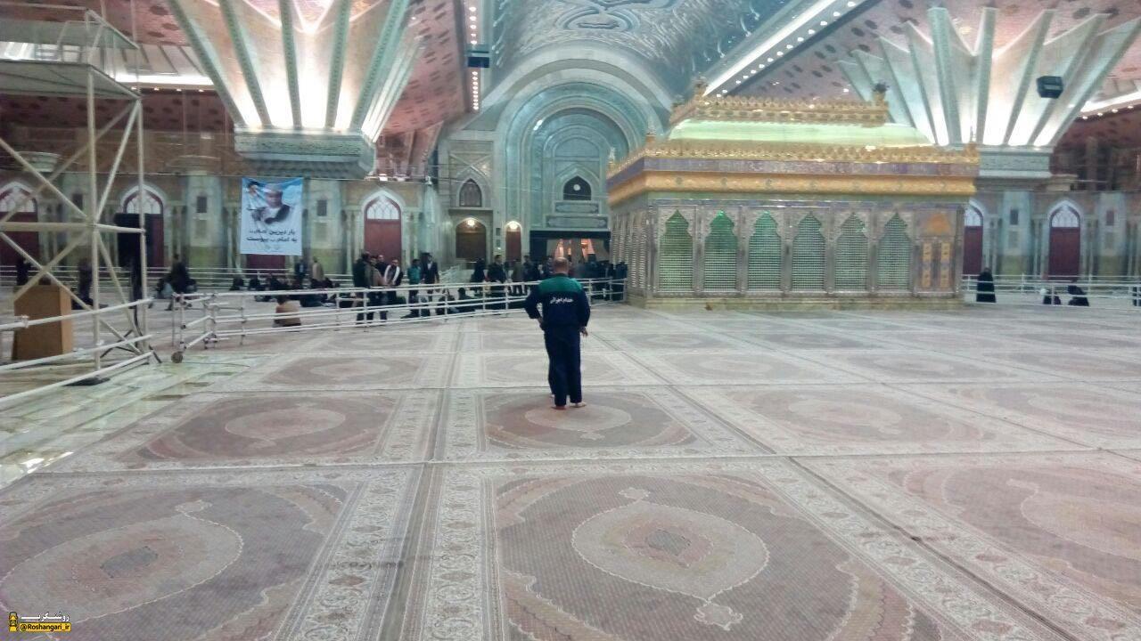 راز اشرافیت این کاخ چیست؟ انتقاد علیرضا قزوه از وضعیت حرم مطهر امام خمینی(ره)