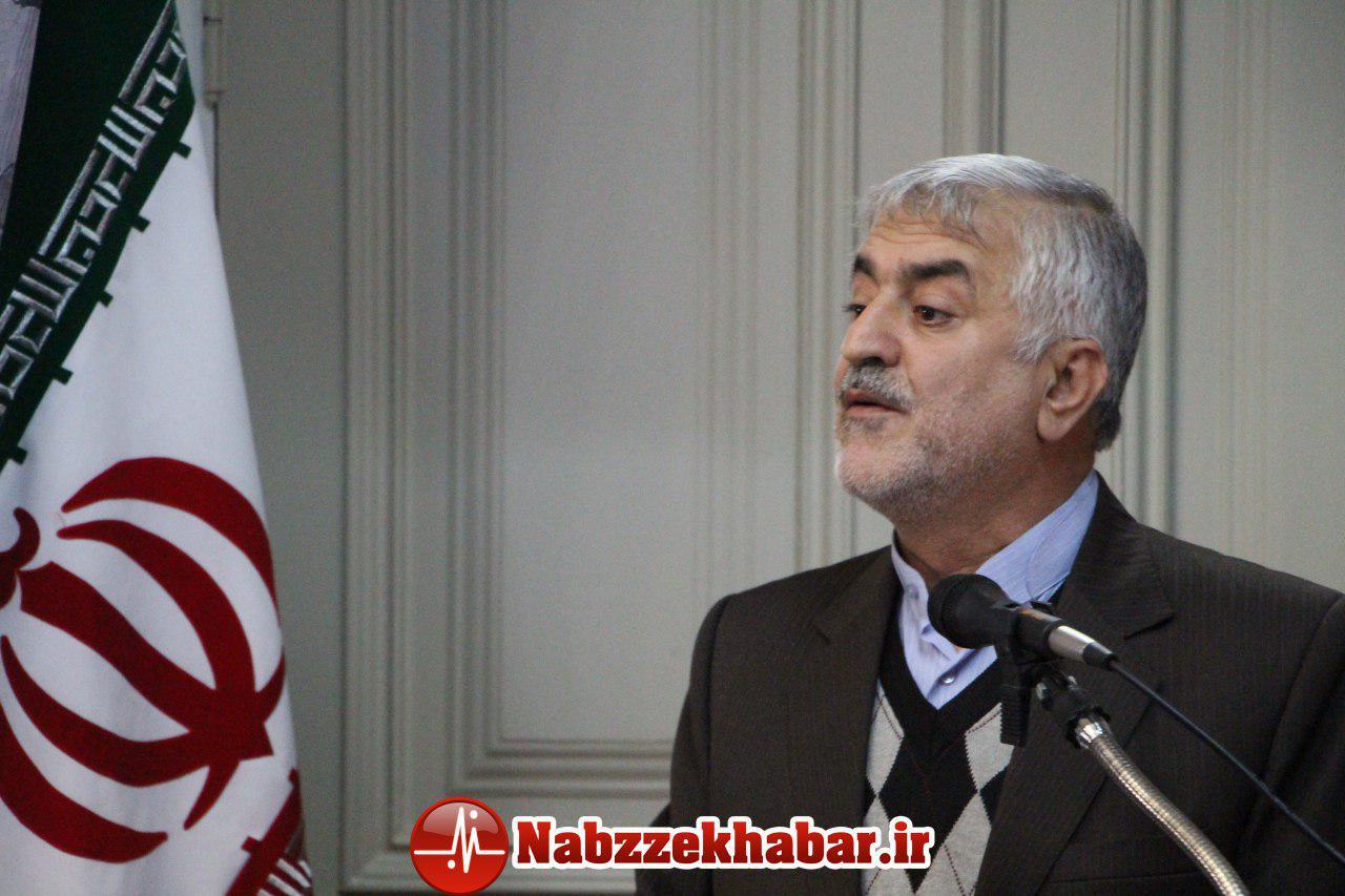 محمود باقری:ببخشید پول نداشتیم آب معدنی بخریم.