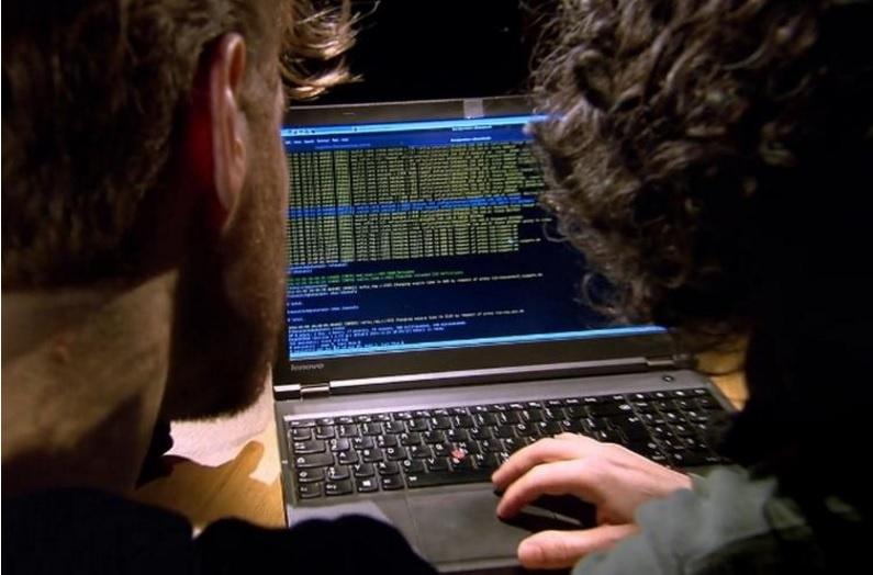 اینفوگرافی چرا هکرها بهترین مهندسین امنیت داده هستند؟