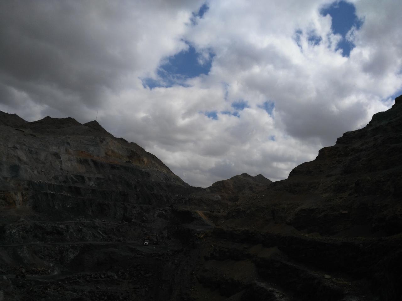 بازدید ایران مرکزی، فیلدهای زمین شناسی، آشنایی بارشته ی زمینشناسی، تصاویر زمین شناسی، بازدید از شهر یزد، دانشجویان در شهر یزد، زمین شناسی دانشگاه شهید بهشتی