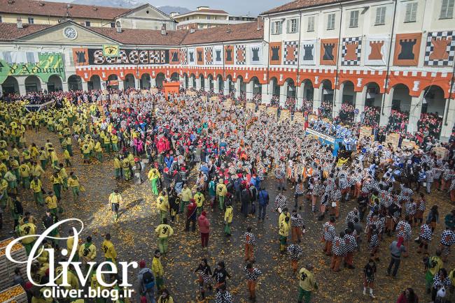 جشن پرتاب پرتقال در ایتالیا