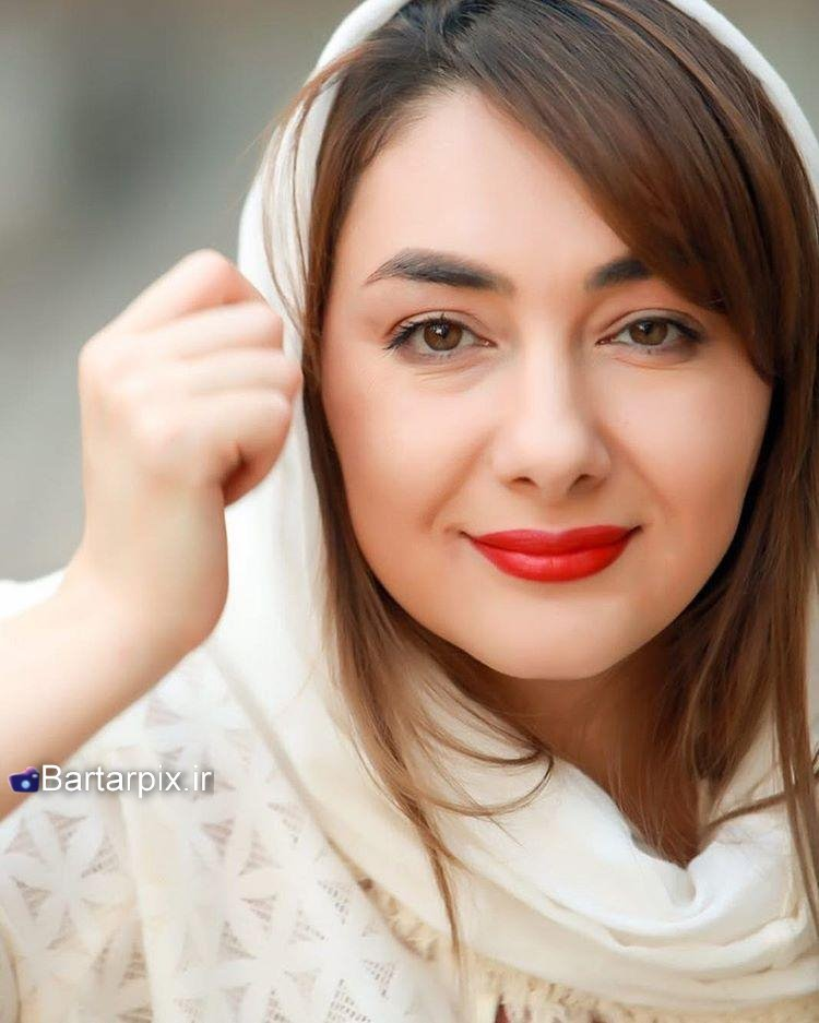 http://s9.picofile.com/file/8294306534/www_bartarpix_ir_hanieh_tavasoli_sal_96_4_.jpg