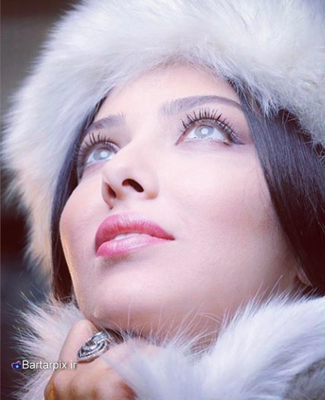 http://s9.picofile.com/file/8294606292/www_bartarpix_ir_leila_otadi_ordibehest_96_3_.jpg