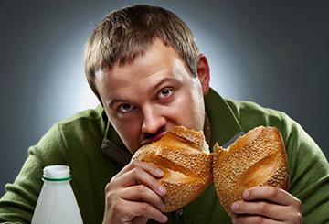 به استرس هایتان با غذا خوردن پاسخ ندهید