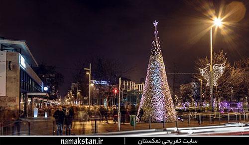 [عکس: christmas_tree_made_of_wood_1.jpg]