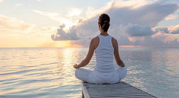 مدیتیشن موجب رفع نگرانی و آرامش ذهنی می شود