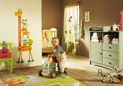 اتاق کودک،بايد رنگهاي شاد داشته باشد