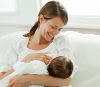 فوايد شير دادن به نوزاد