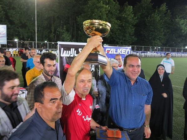 تیم سپیدرود رشت قهرمان نخستین دوره مسابقات فوتبال پیشکسوتان گیلان « جام رمضان» شد