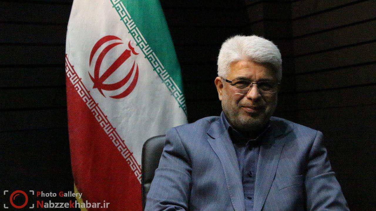 محمد حسن عاقل منش: بهسازی آرامگاه دکتر حشمت در دستور کار شهرداری