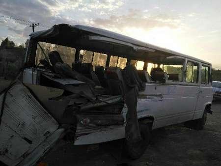 سانحه رانندگي در جاده زنجان ميانه | مجله اينترنتي هلو