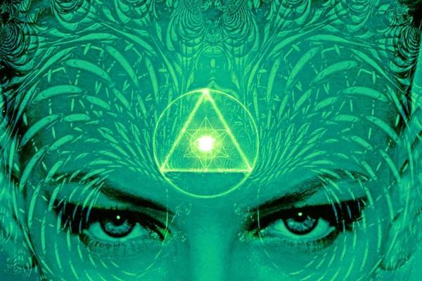 چشم سوم ، فواید و خطرات ، رویت هاله موجودات