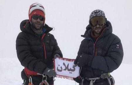 در دمای ۶۰ درجه زیر صفر؛ دو کوهنورد گیلانی قله کورژنوسکایا هیمالیا را فتح کردند