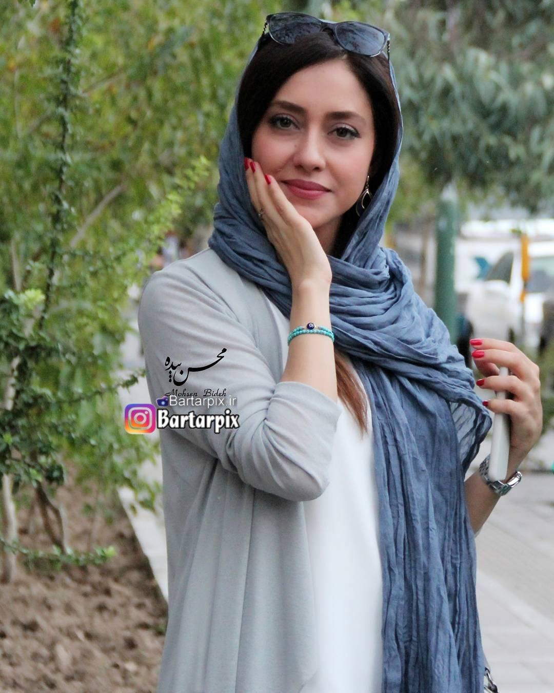 http://s9.picofile.com/file/8304654142/www_bartarpix_ir_bahareh_kianafshar_sahrivar_96_4_.jpg